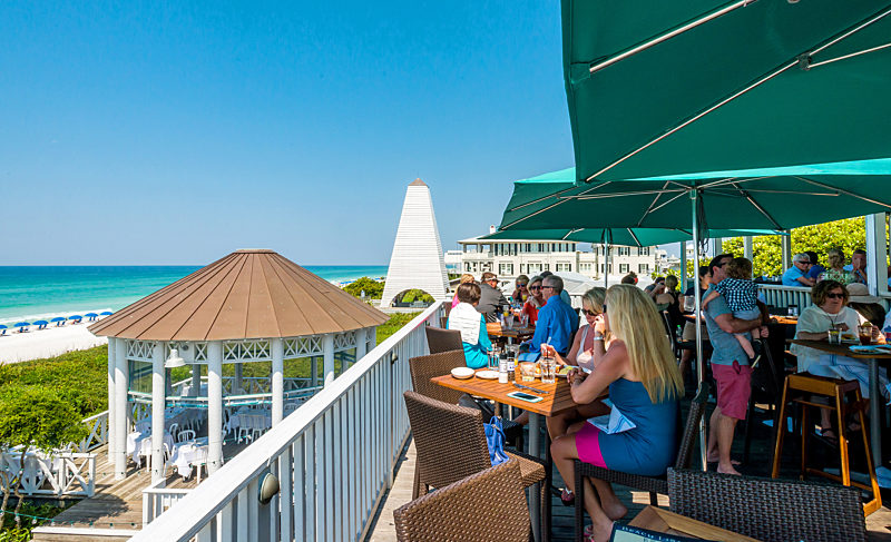 Bud & Alley's Waterfront Restaurant wins Florida Trend Magazine's 2018 Golden Spoon Hall of Fame