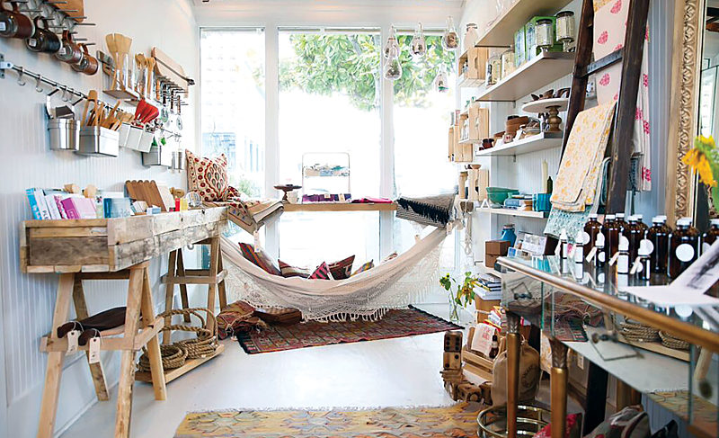 Raw + Juicy Life Sprouts in Seaside